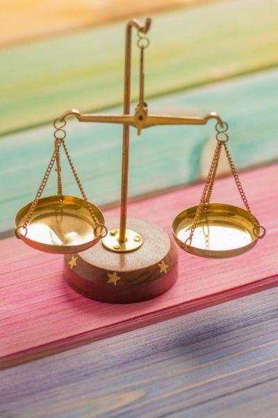 Die Vorteile und Nachteile von Tagesklinik und stationärer Psychotherapie im Überblick